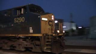 CSXT L031 ES40DC/AC44CW working the throttle as he comes on into town