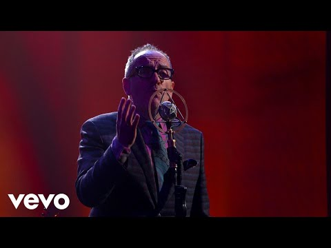 Elvis Costello - You Shouldn't Look At Me That Way (Live From Jimmy Kimmel Live!)