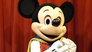 Playing a Card Trick with a TALKING Interactive Mickey Mouse -…