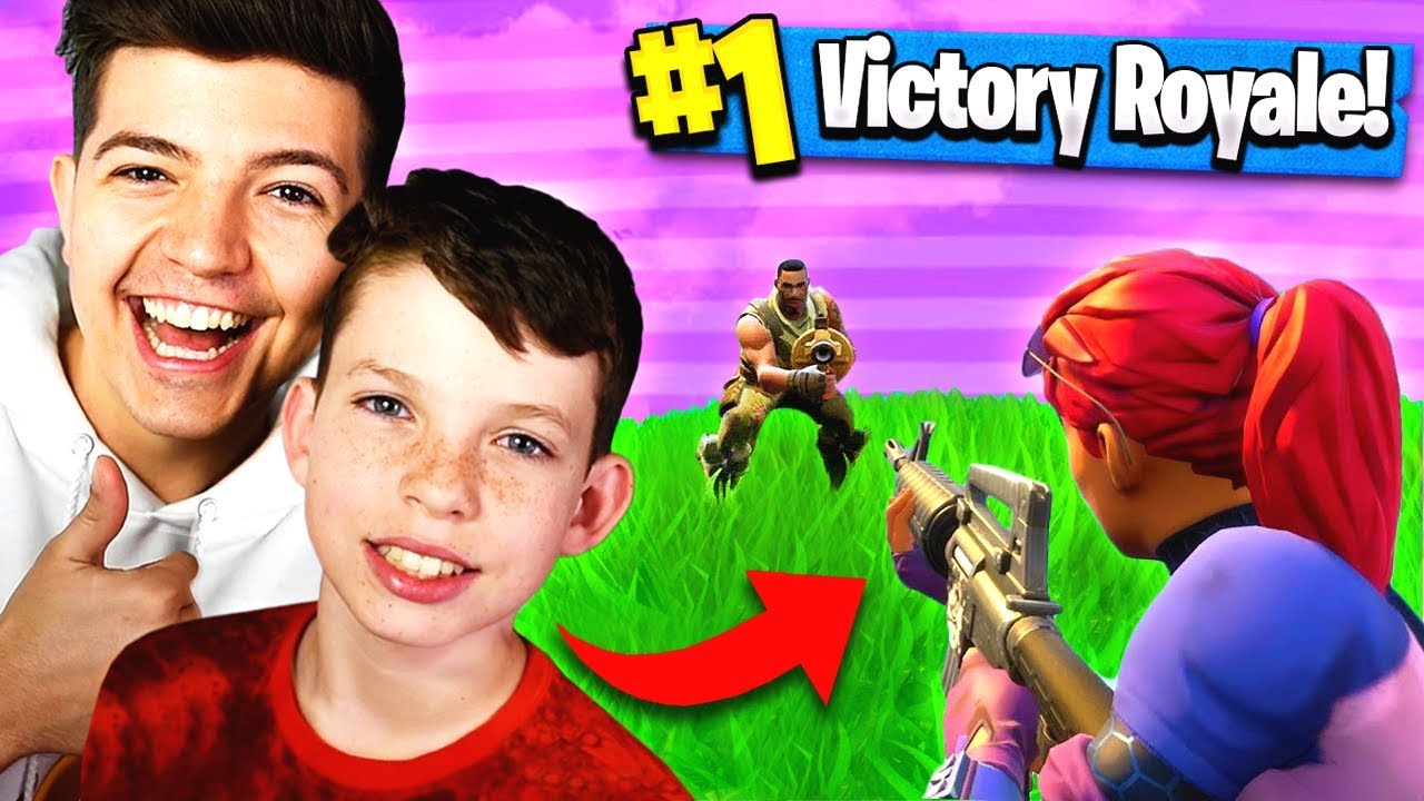 CARRYING 12 YEAR OLD BROTHER TO WIN?! Fortnite: Battle Royale