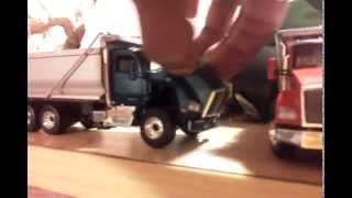 First Gear 1:50 Kenworth T880 Dump Truck with Tag Trailer