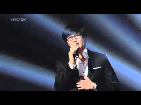My Top 20   K-Pop Male Singers  -  Singing skills   2/4