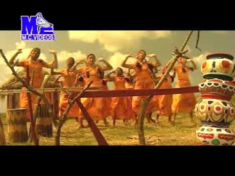 Shri Krishna Song - Radheya Krishna Bega Baro Nee...