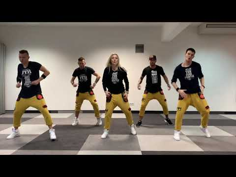 Le Coach- Soprano Ft.Vincenzo  Zumba Choreography