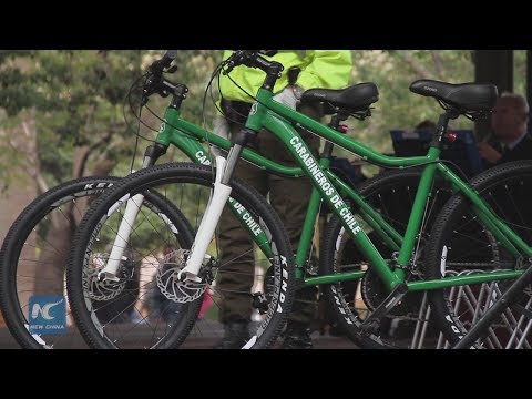 Santiago police receives donation of 10 bicycles from China