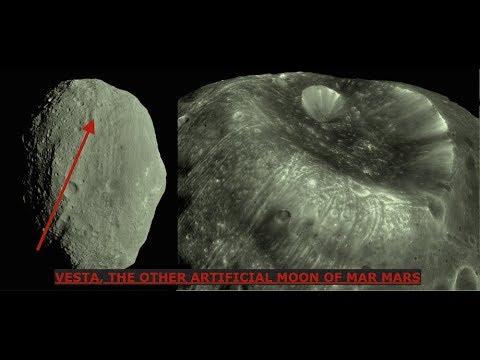 Remnants of a Type II Civilization, Massive Spacestation Orbiting Mars