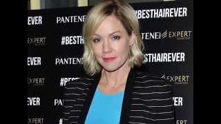 Как выглядит звезда сериала «Беверли-Хиллз, 90210» Дженни Гарт (Jennie Garth) в 43 года (2015 г)