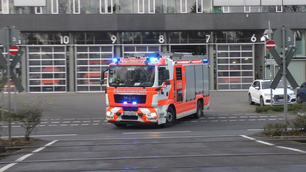 [Bullhorn+Pressluft] HLF FRW 1 + SAMA Frankfurt 1/83-2 auf Einsatzfahrt