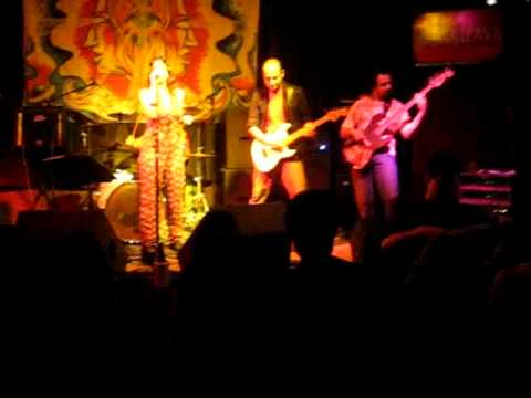 Banda Pega Ladrão - Buried ALive in The Blues