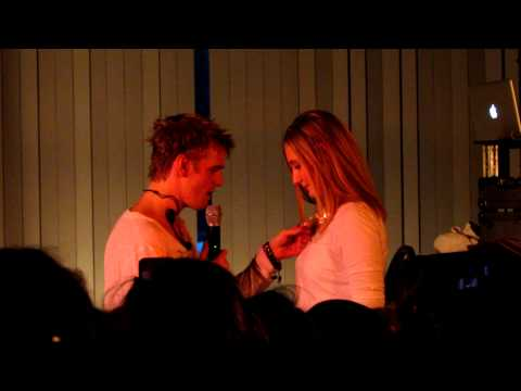 Aaron Carter - I'm All About You Live @ College of Williams & Mary