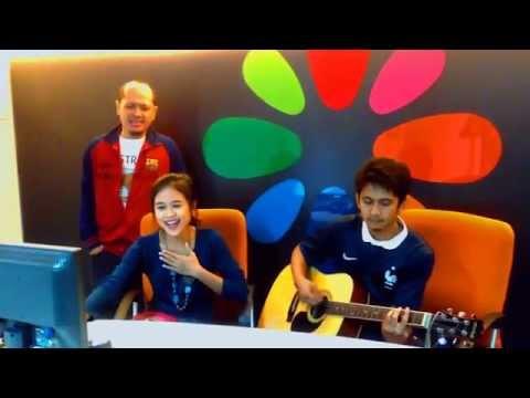 Free Download Anji Feat Titi Kamal - Resah Tanpamu (cover By Ayum & Ayom) Mp3 dan Mp4