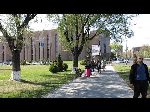 Yerevan, 27.04.17, Th, Video-1, Depi Kaghakapetaran, Aleksandr Baghramyani Tcutcahandes.