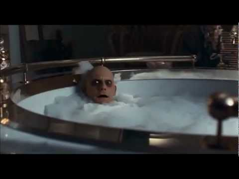 Addams Family Values - Fester In The Tub