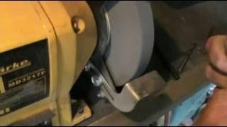 Как заточить сверло по металлу(В этом видео показана заточка свела по металлу на точильном станке. Способ заточки очень удобный, занимает..., 2016-08-16T11:36:36.000Z)