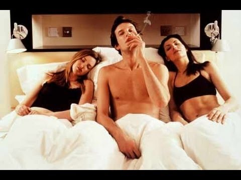 Секс одна с двумя видео напротив