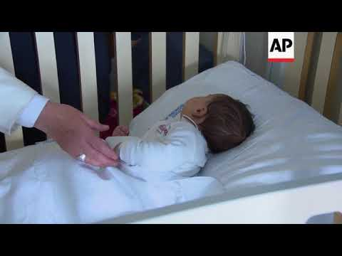Pope Francis visits young patients in hospital