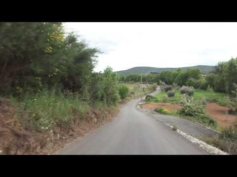 Rua entre Largo da Igreja e Bairro da Ponte Nova - Enxames