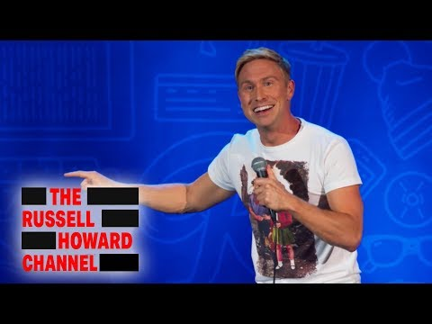 Difference Between Genders When Drunk | Russell Howard