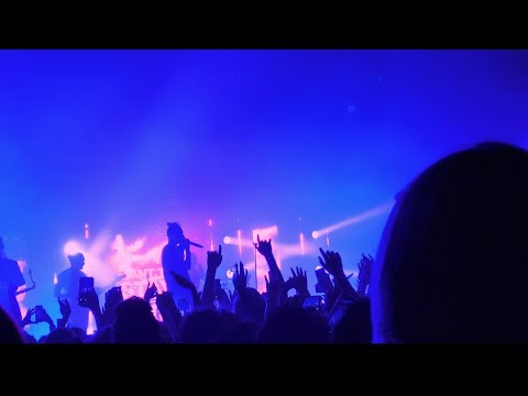 Chase Atlantic - ANGELS (Live) - Chicago