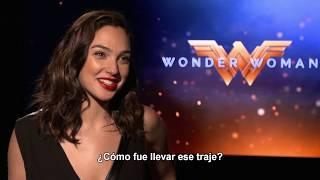 MUJER MARAVILLA - Entrevista a Gal Gadot - Oficial Warner Bros. Pictures