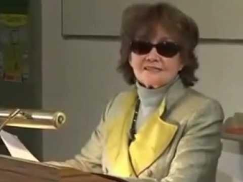 Prof. Katharina Mommsen -