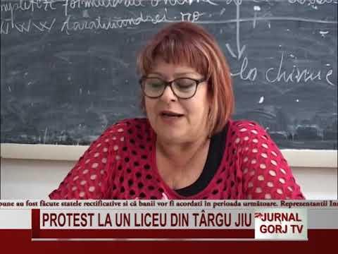Protest la un liceu din Targu Jiu