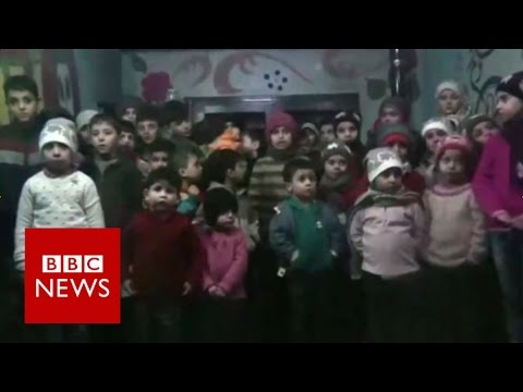 Aleppo evacuation: Orphans among thousands to leave Syria city - BBC News