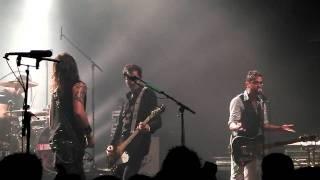 30 millions de punks (punkachien) ( live au 106 de rouen 15-12-2011).m4v