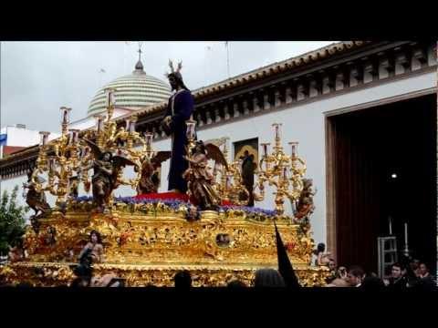 Salida Hermandad de Santa Genoveva - Semana Santa de Sevilla 2013