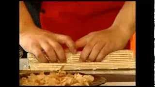 Как приготовить суши и роллы дома? — Видео-рецепт от профессионала.