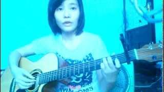 MASHUP guitar Thu Cuối - Người Nào Đó - Lặng Thầm Một Tình Yêu - Cơn Mưa Ngang Qua by Trinh Maruko