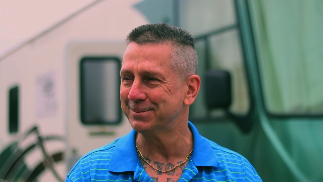 Have Shears Will Travel gives free haircuts - Our charity's story