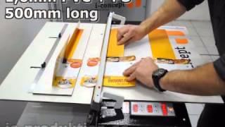 PVC Folien und Platten biegen. Biegemaschine IC3 bis zu 1200mm. i-concept germany