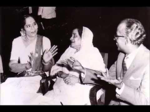 Surshree Kesarbai Kerkar sings Raga  Bageshree Bahar.