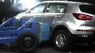 ► 2011 Kia Sportage - CRASH TEST - Side impact