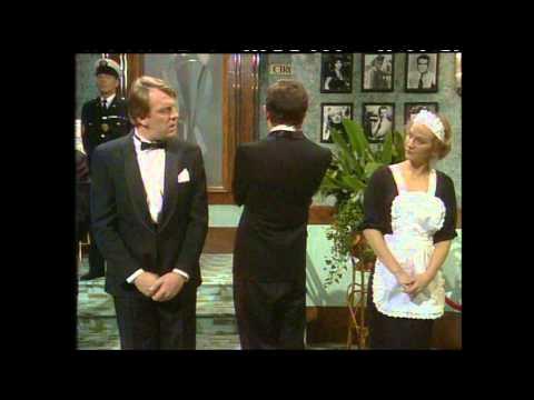"MR. BEAN ""Royal Film Premiere"" by Crusader XL"
