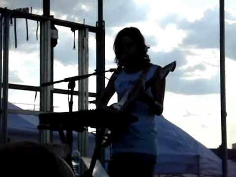 """Download """"Ascending Melody"""" by Dirty Projectors @ Pool Parties Mp4 baru"""