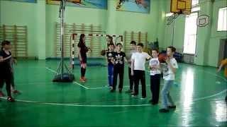 Урок баскетбола в СОШ №10 г.Ростова-на-Дону