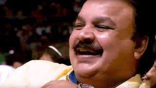 """""""ഇടയ്ക്കിടയ്ക്ക് കാലു മാറുന്നത് കൊണ്ടാണെന്ന് തോന്നുന്നു. കാലിന് നീരുണ്ട്""""   Malayalam Stage Comedy"""