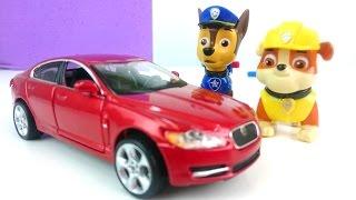 Щенячий патруль собирает машину Ягуар.Игрушечный конструктор