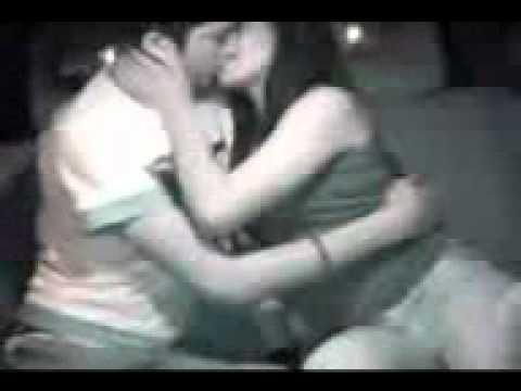 ngintip orang ciuman