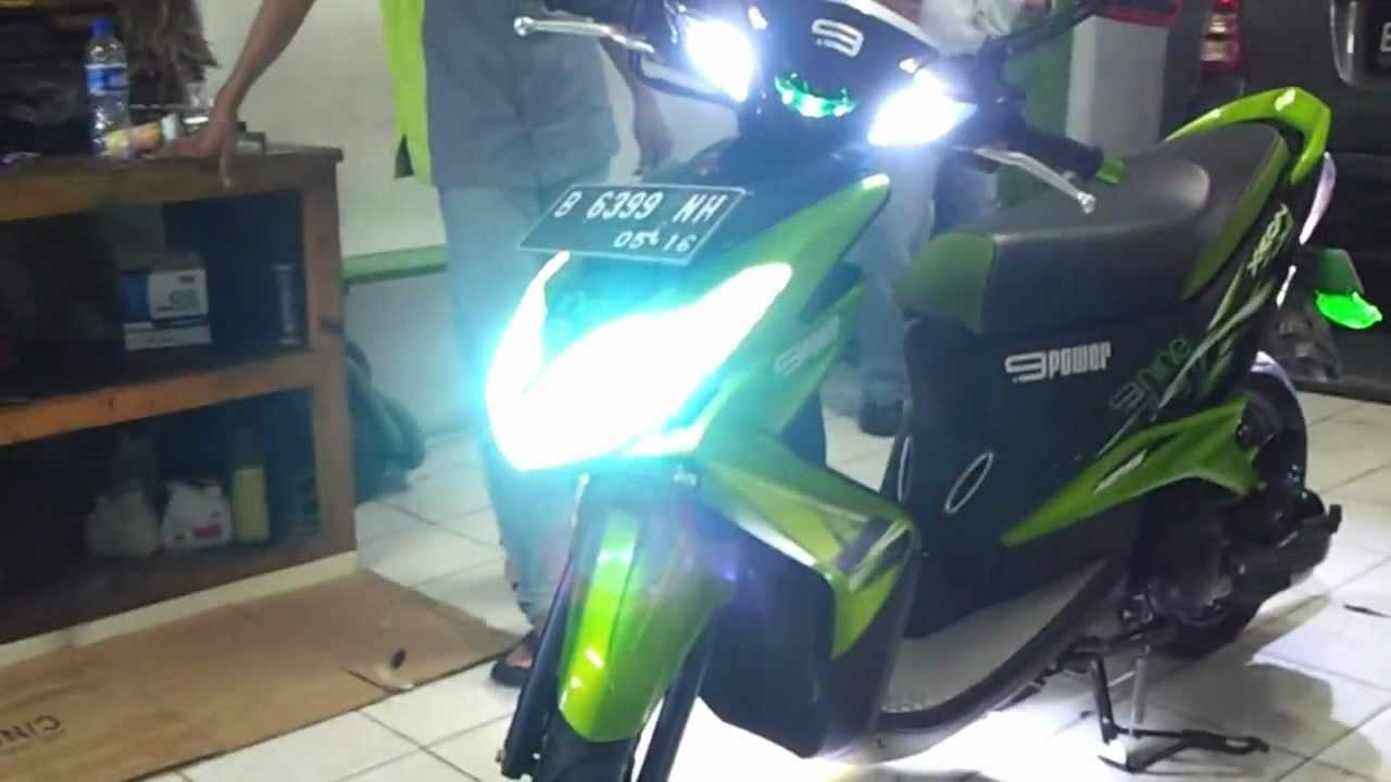 lampu led motor vario techno caferacer 1firts