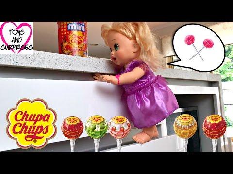 Видео для девочек с Куклой Пупсик Беби Элайв конфеты Чупа Чупс