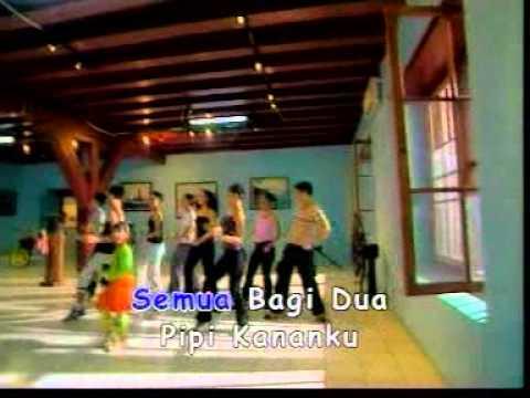 Christina - Bagi Dua [Official Music Video]