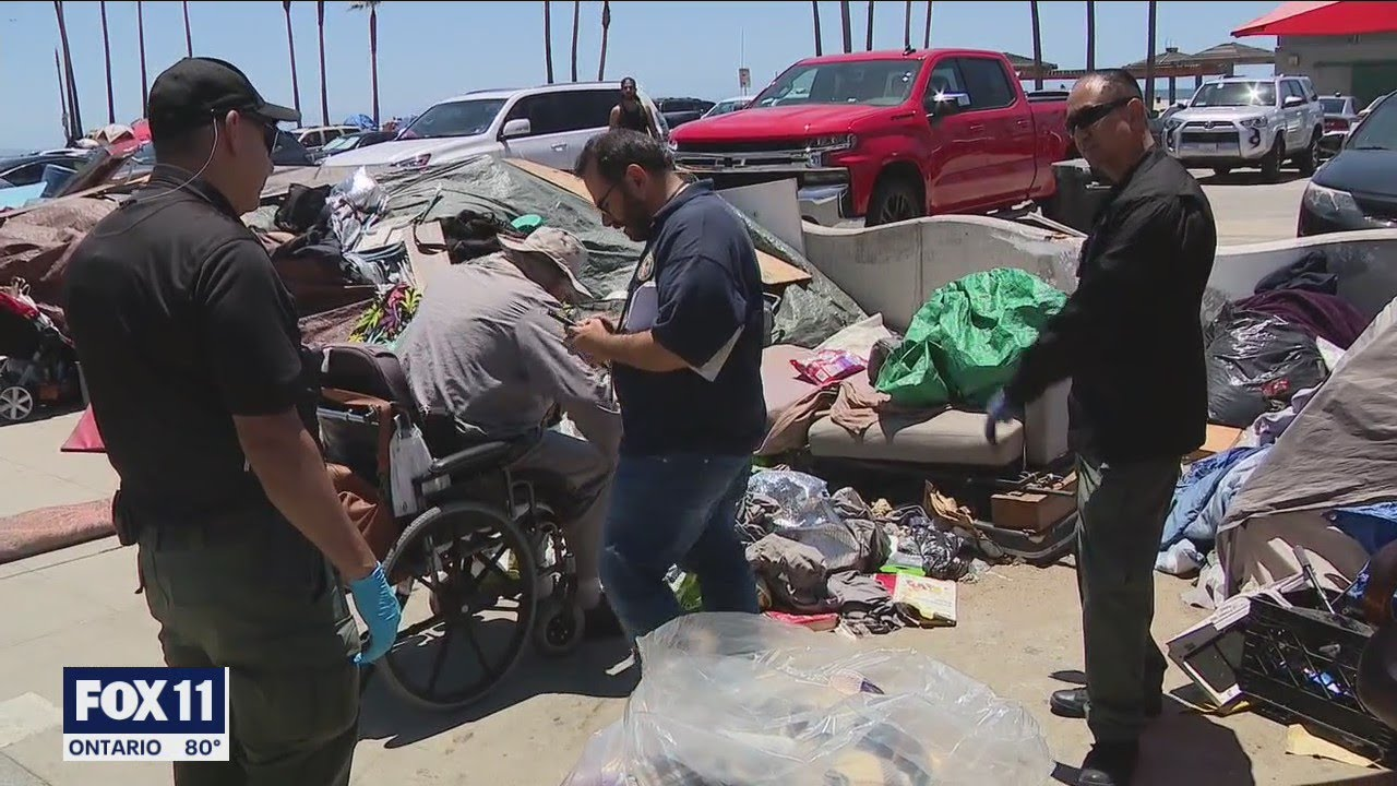 Download Political battle  over homelessness on Venice Beach