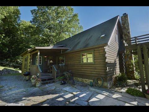 Charming Log Home in Sugar Grove, North Carolina