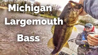 We slayed the Largemouth - Fishing with YouTubers in Michigan Day 4