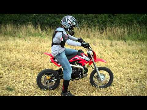 dirt bike pro 125cc pit bike 2010 conor and elliott youtube. Black Bedroom Furniture Sets. Home Design Ideas