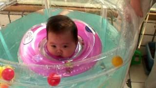 我が娘、ポニョになる。>Baby Swim ! thumbnail
