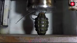 500吨的液压机压子弹和手雷会发生什么呢? thumbnail